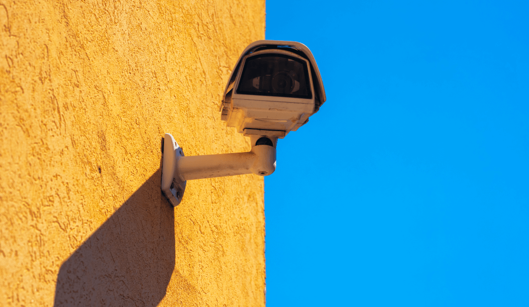 CCTV Camera Experts Explain Common Risks for Attracting Burglars